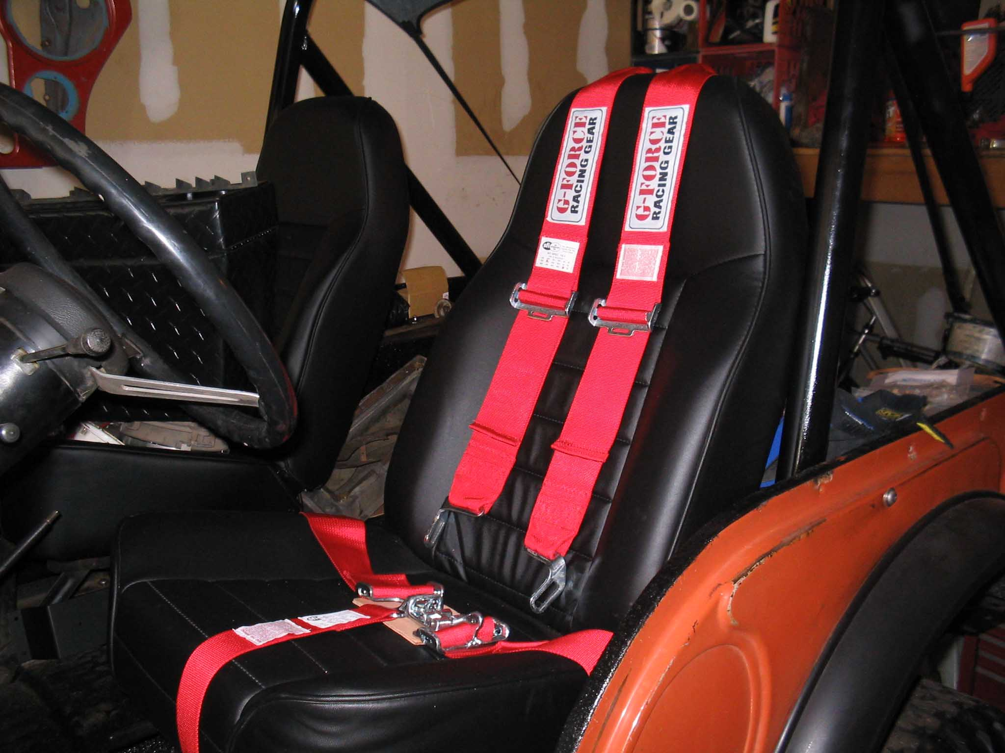 102_0224 certifiablejeep com bestop seat tuffy console 5 point harnesses